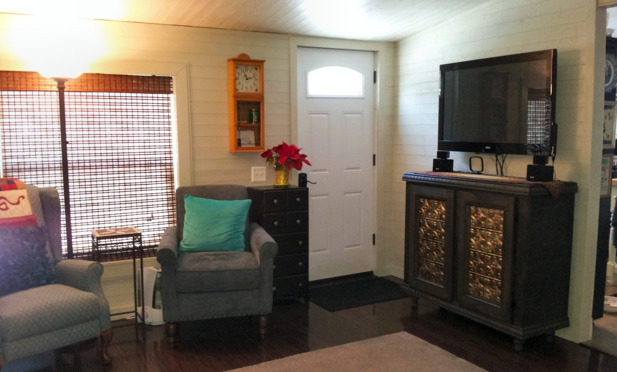 Mobile home living room remodel the finale my mobile - How to decorate a mobile home living room ...