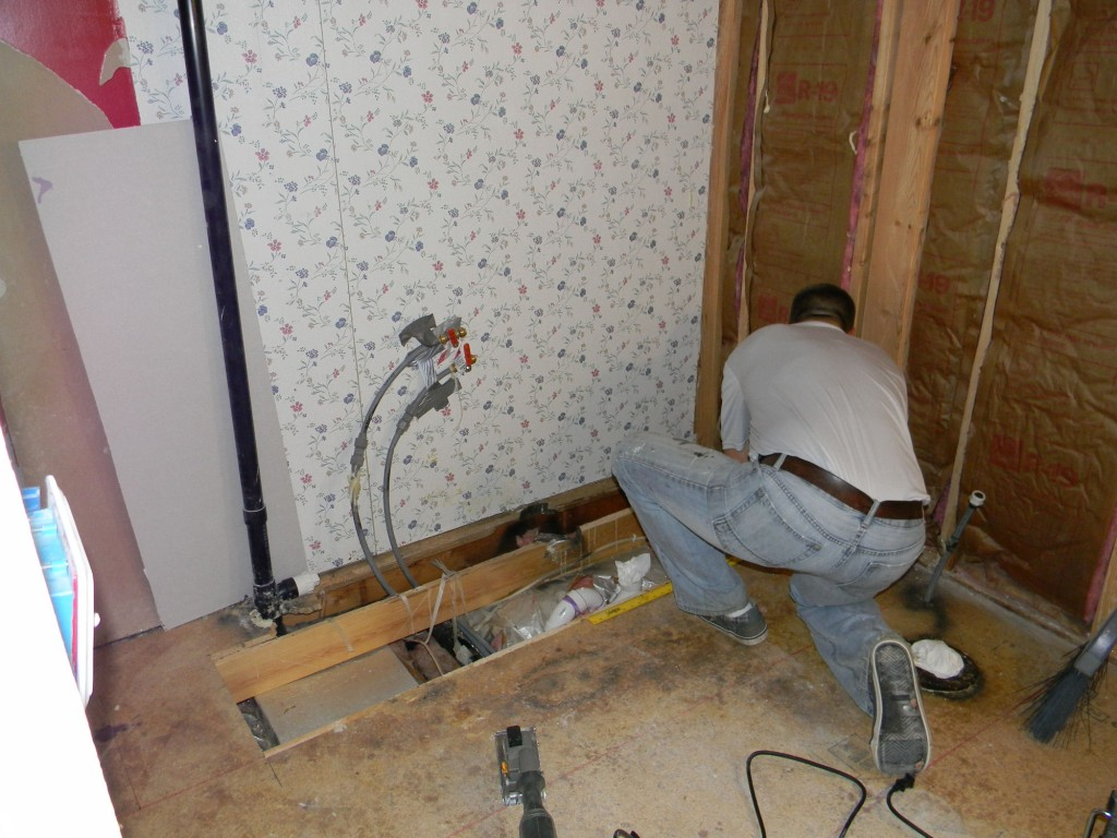 A Bathroom Remodel That Won 39 T Push You Over Your Fiscal Cliff My Mobile Home Makeover